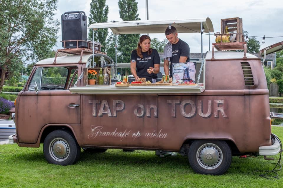 Tap on tour borrelbus op event